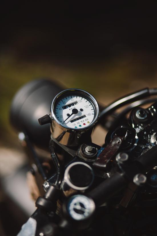 Tori's Suzuki TU250x   Throttle Roll