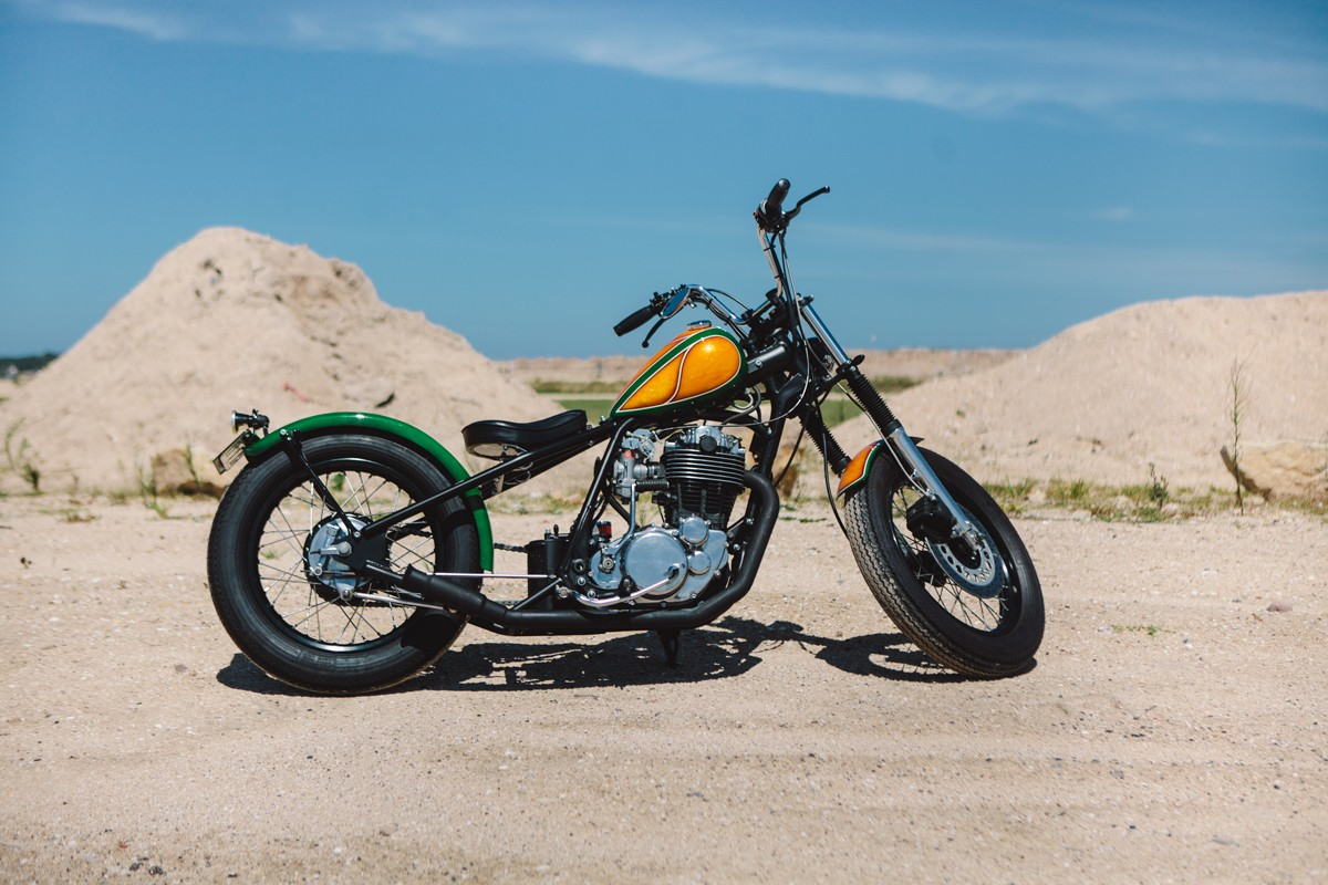 Resurrected – Yamaha SR400 Bobber | Throttle Roll