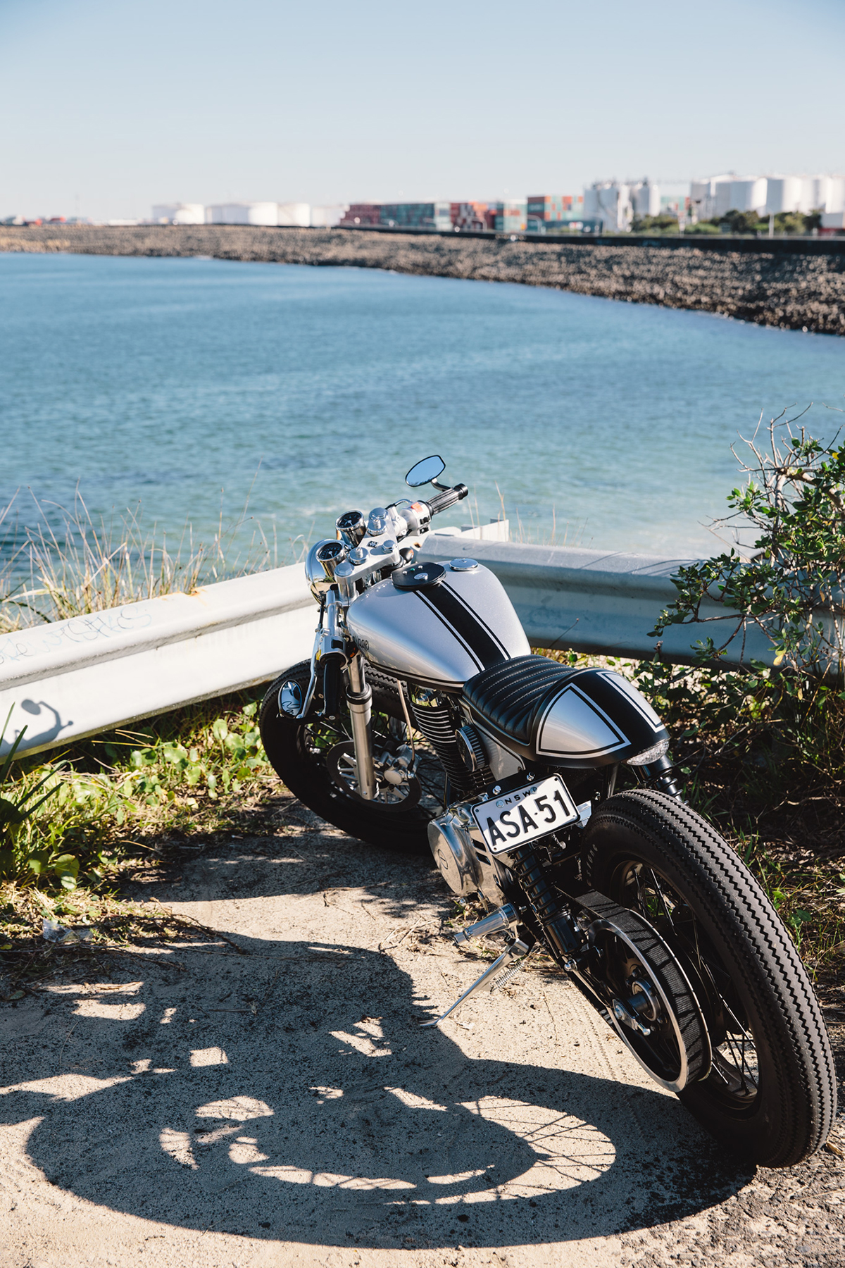 Suzuki_Savage_Cafe_Racer_Brat_8526