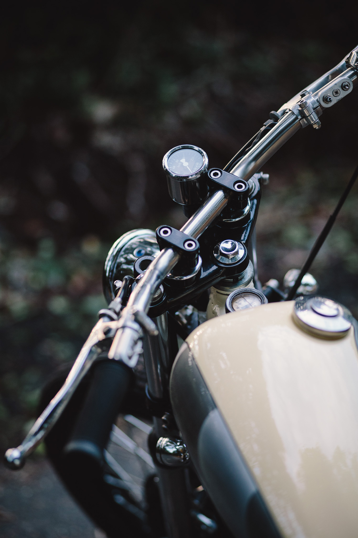 Yamaha_SR400_Bobber_0813