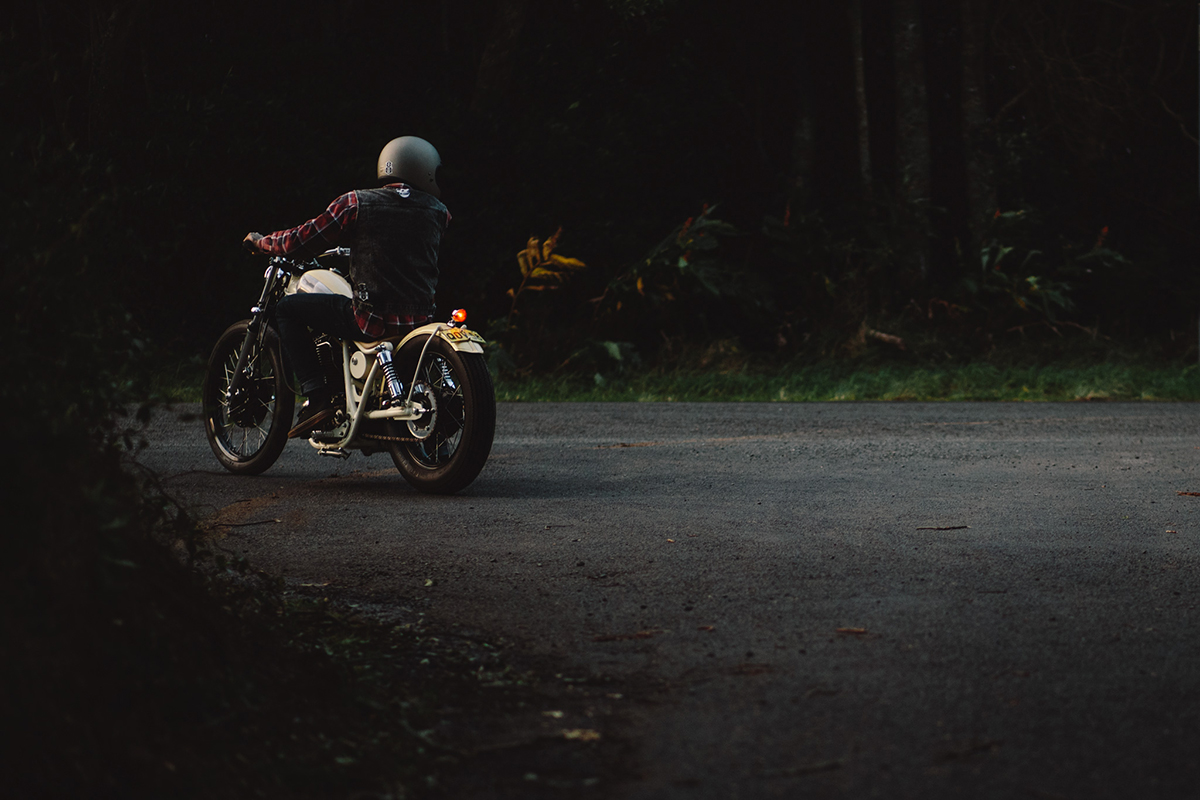 Yamaha_SR400_Bobber_0878