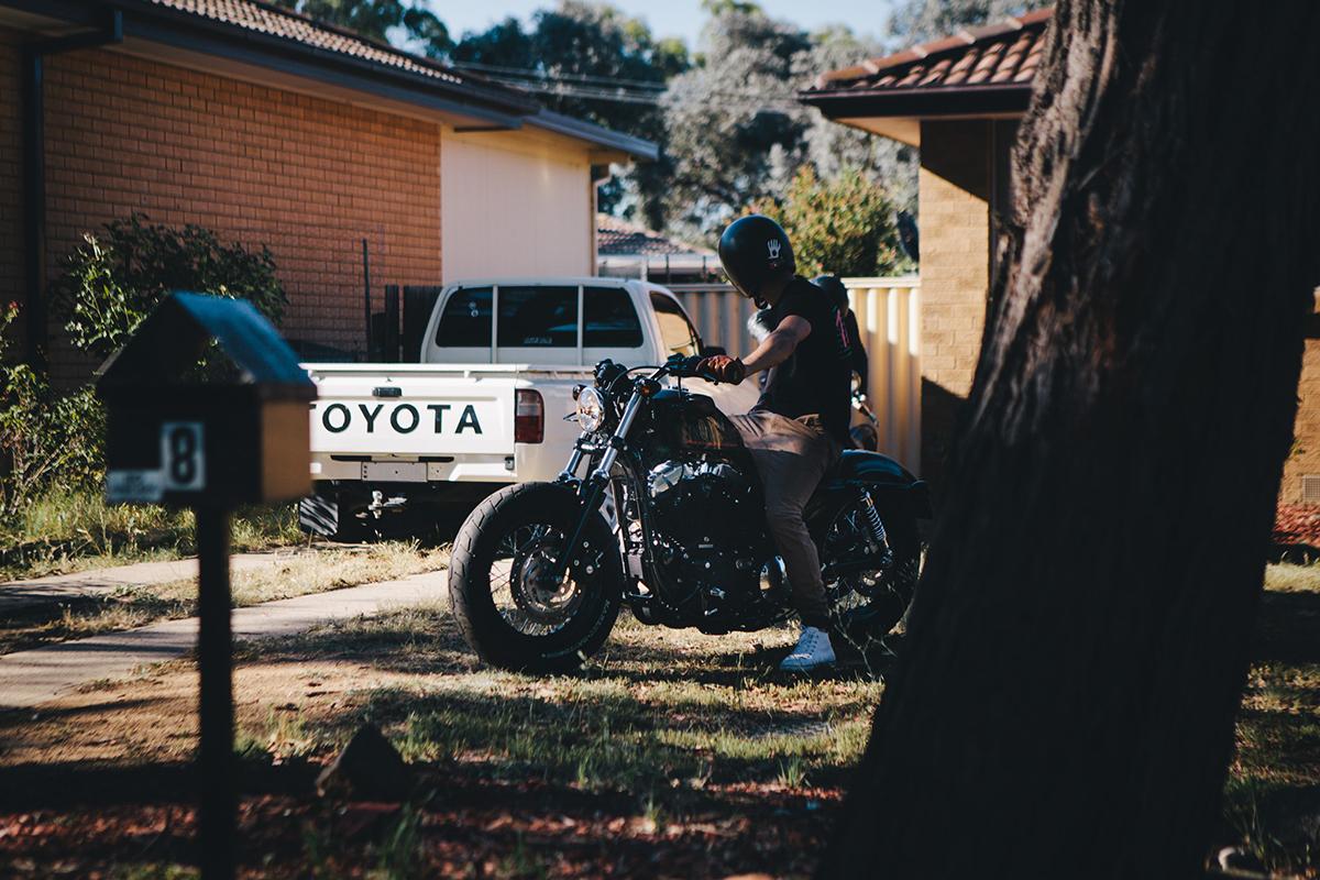 Ride_Till_Dead_Harley_Wheelie_Burnout20160706