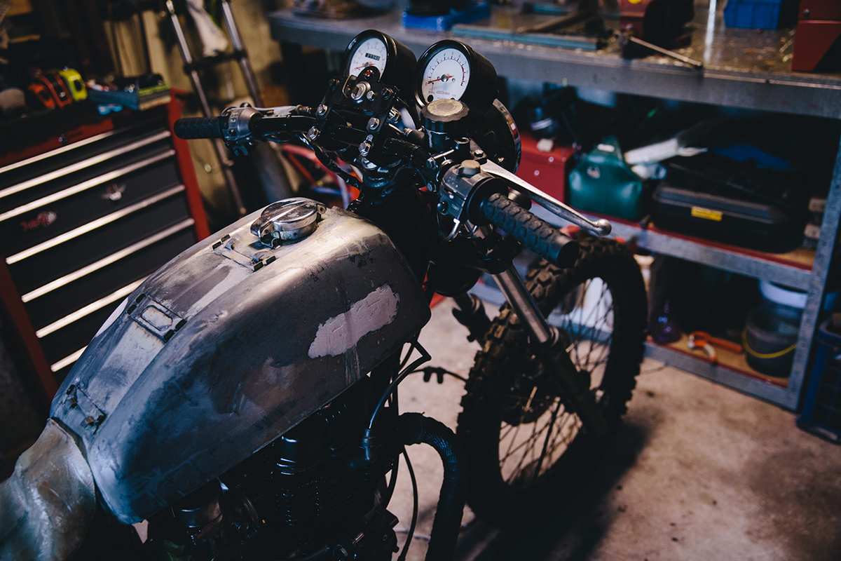 Mark_Garage_Session_CB400_1876