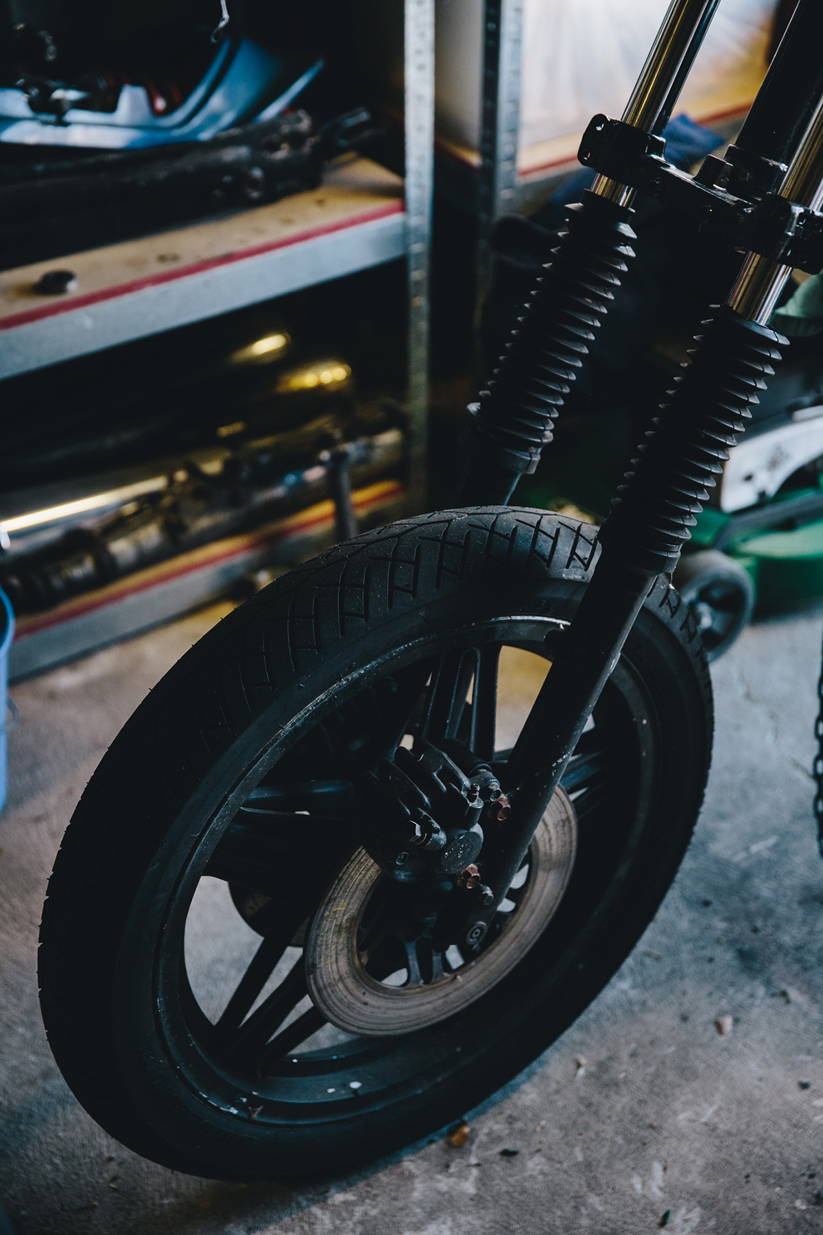 Mark_Garage_Session_CB400_1895