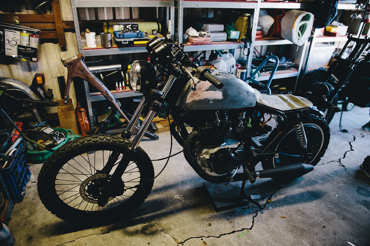 Mark_Garage_Session_CB400_1975