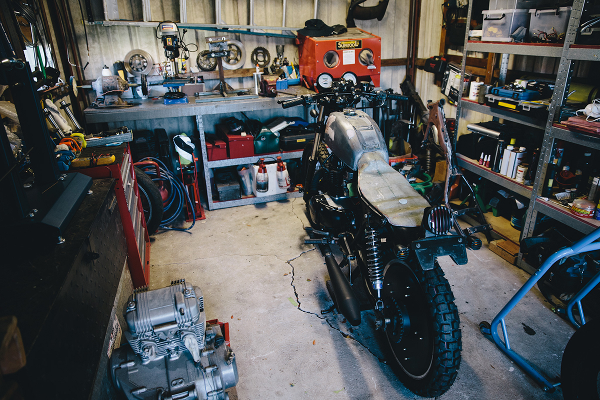 Mark_Garage_Session_CB400_2015