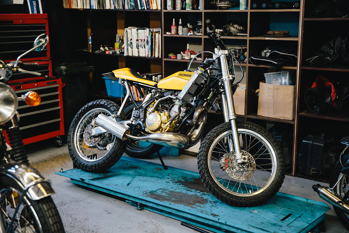Surfside_Motorcycle_Japanese_8439