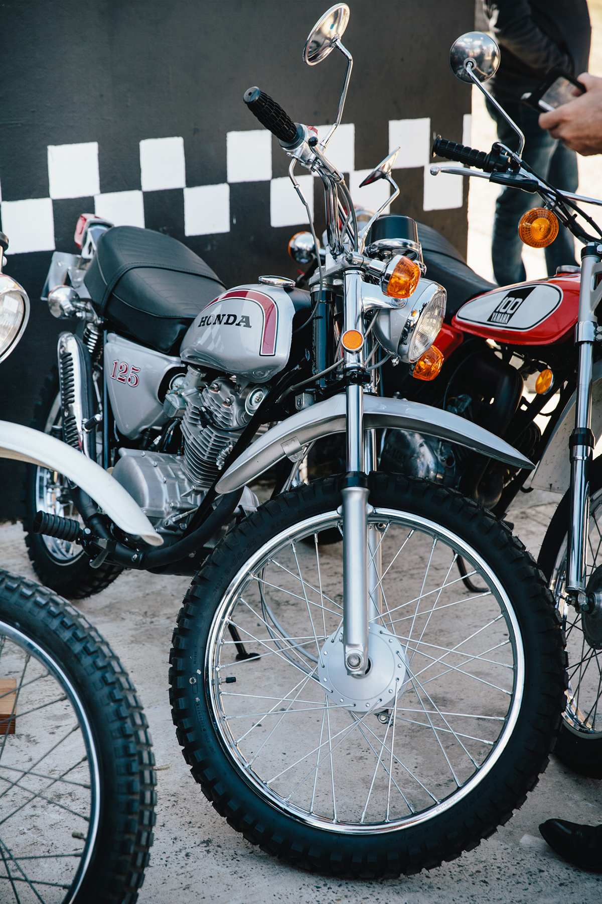 Surfside_Motorcycle_Japanese_8586