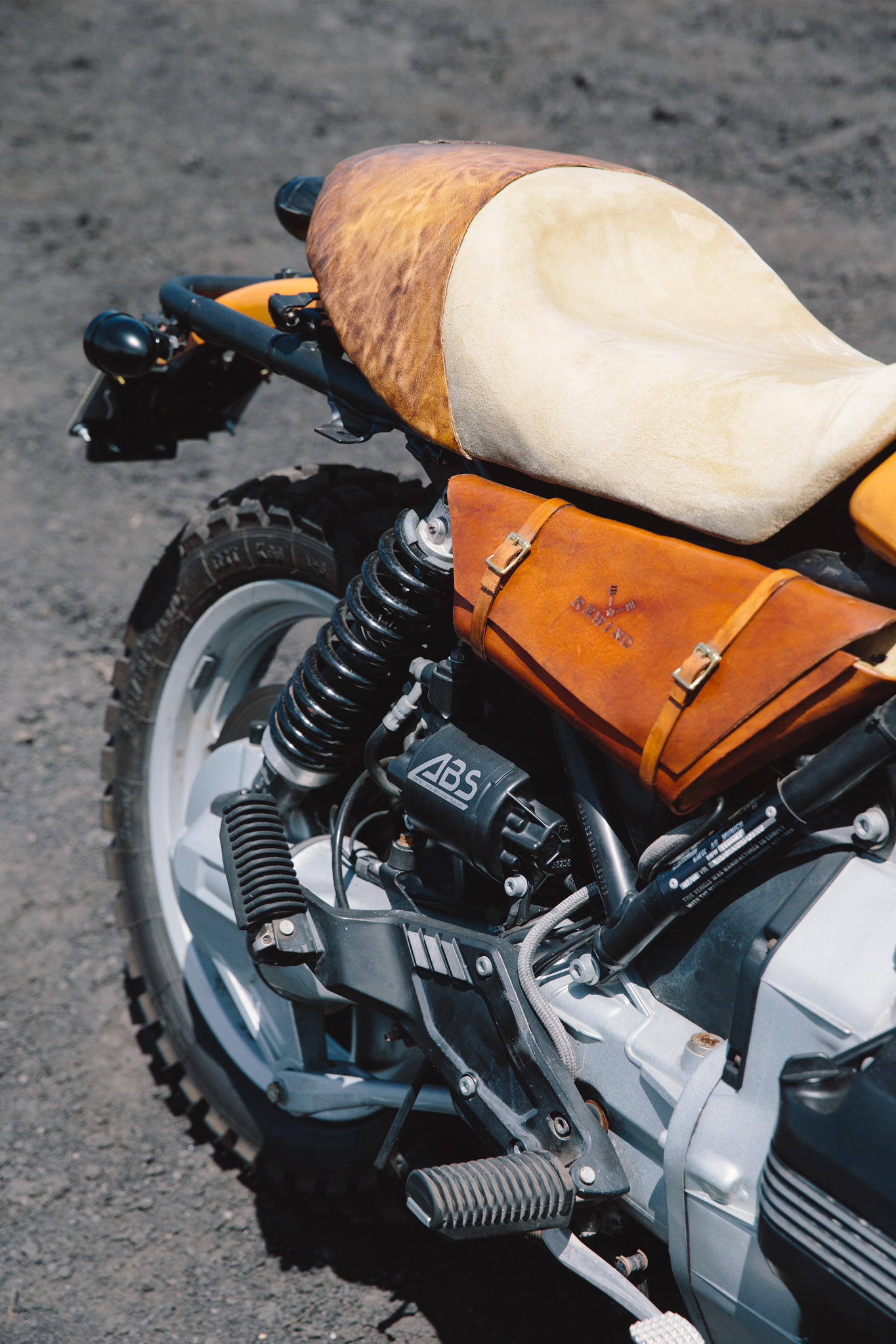 bmw_k1100_tracker_cafe_racer-311