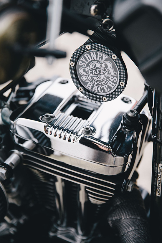 garage_session_ducati_harley_davidson_4578