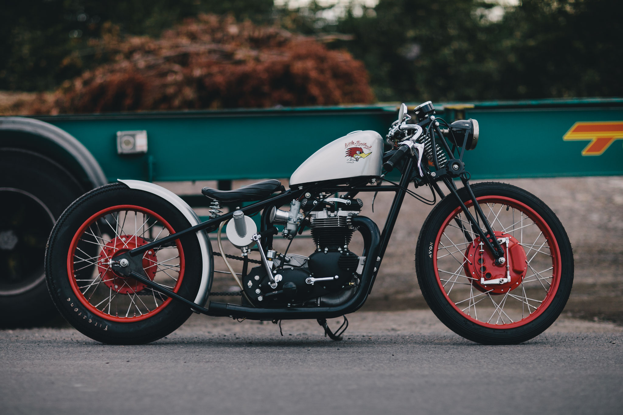 triumph_bobber_hard_tail-26