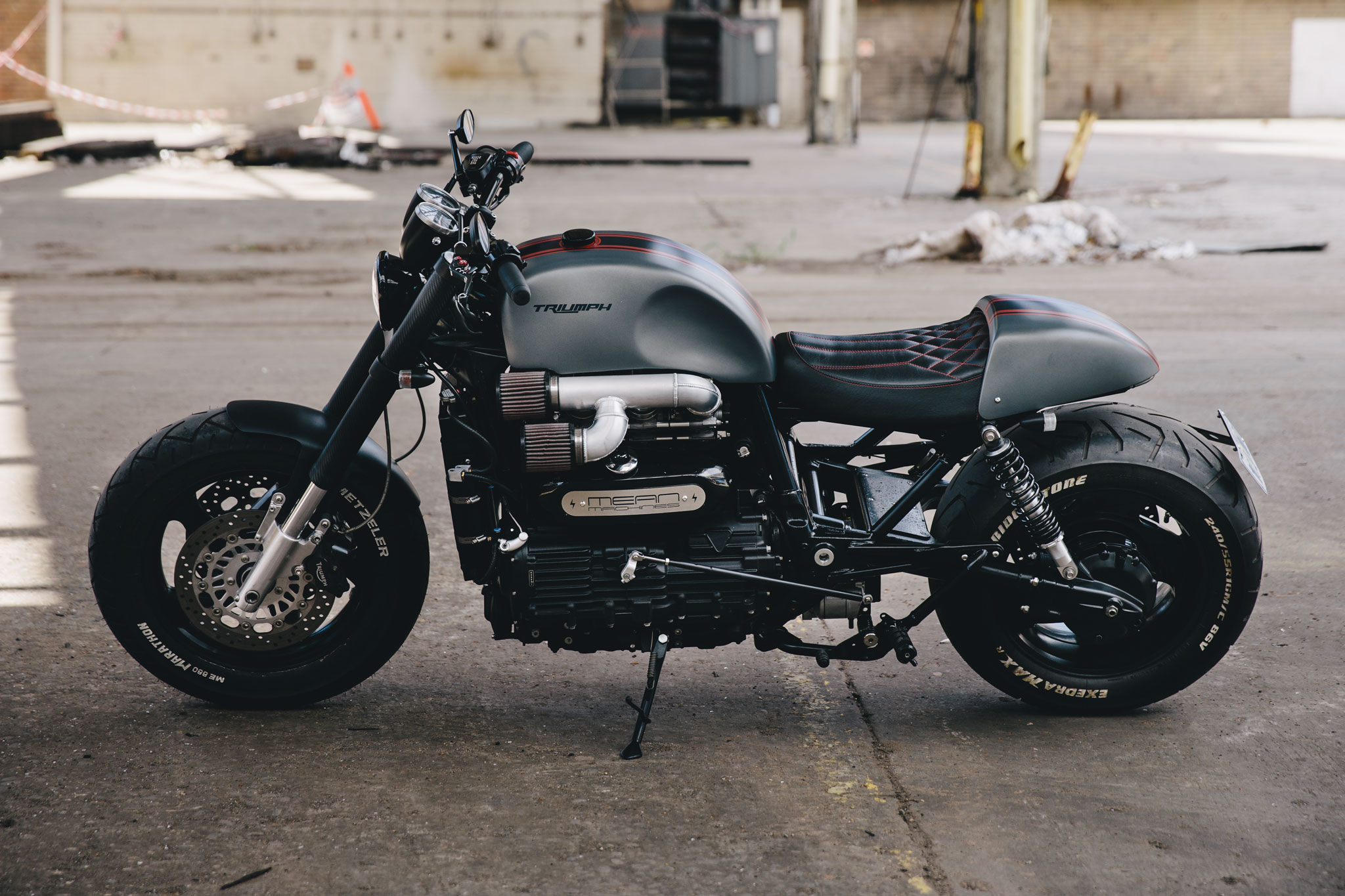 ttriumph_rocket_cafe_racer_0636