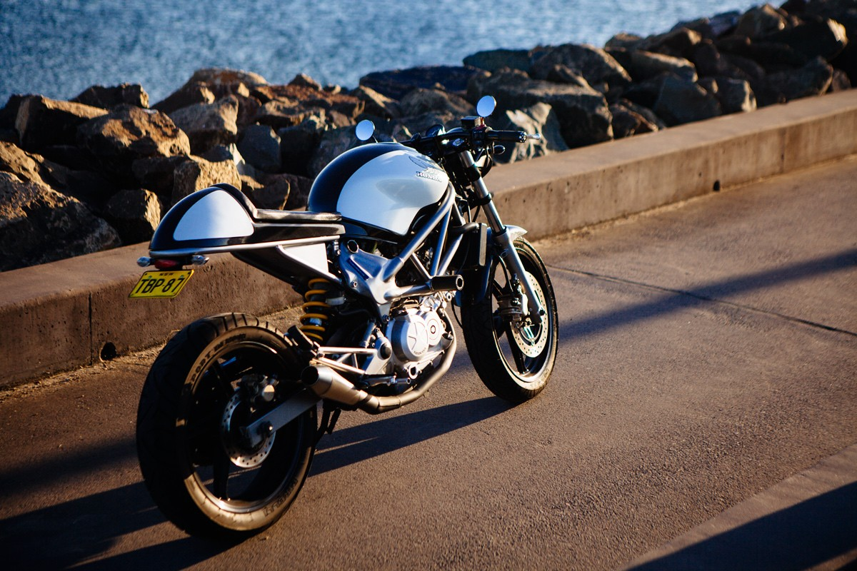the pocket rocket carinas vtr250 caf233 racer throttle roll