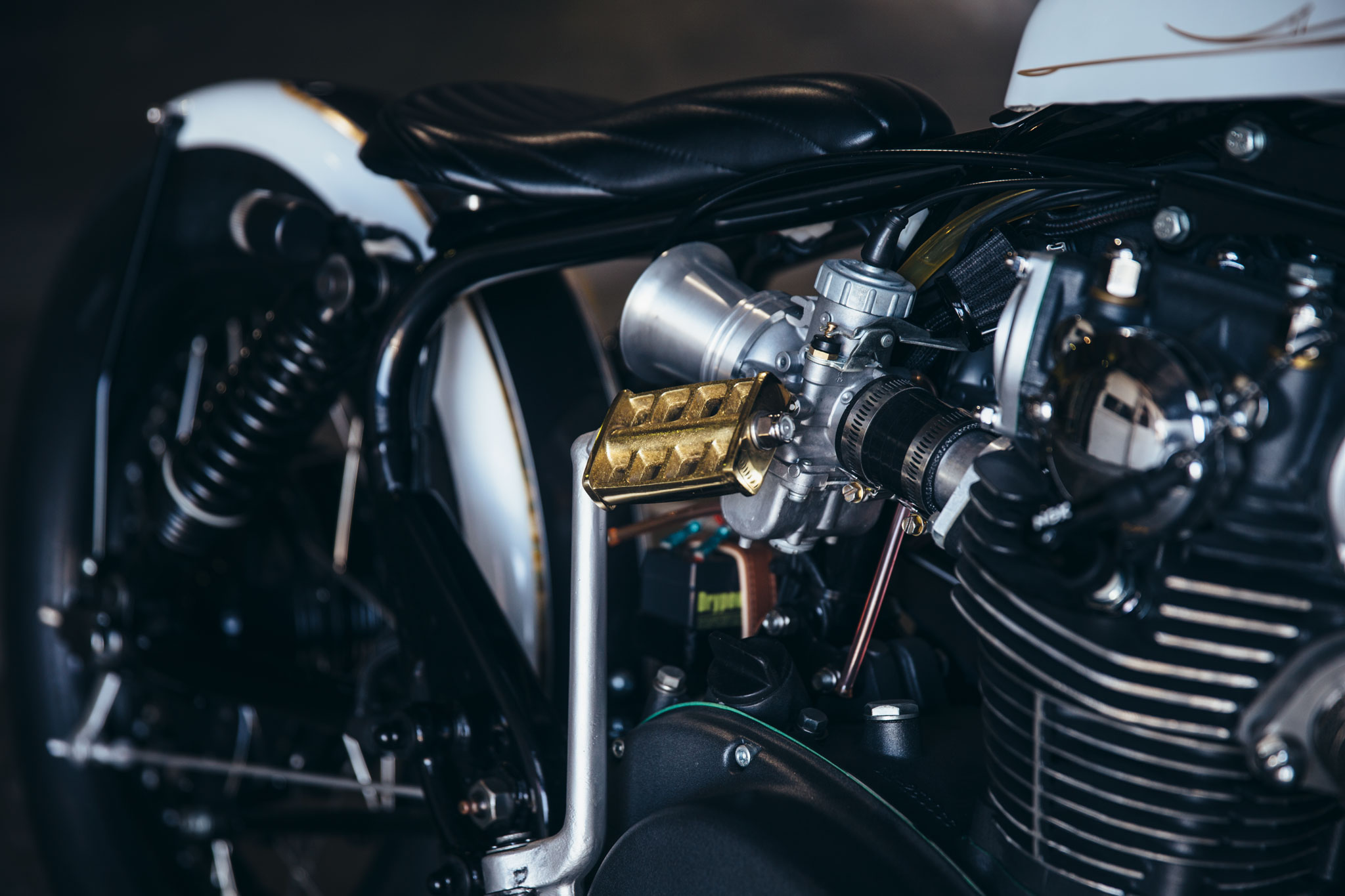 Xxie – Nick's '75 Yamaha XS650 | Throttle Roll